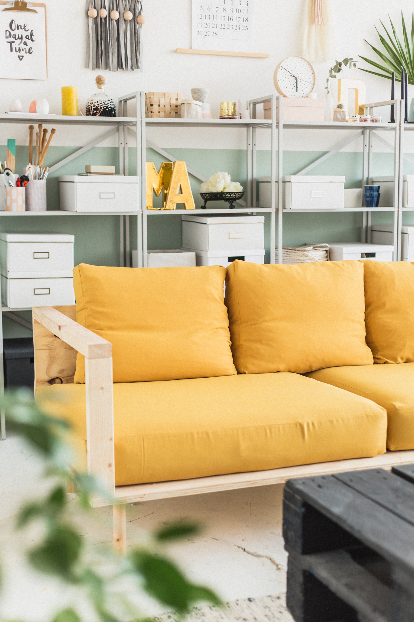 Upholstery Couch Diy Make Yourself Comfortable With This Easy Diy Wooden Studio