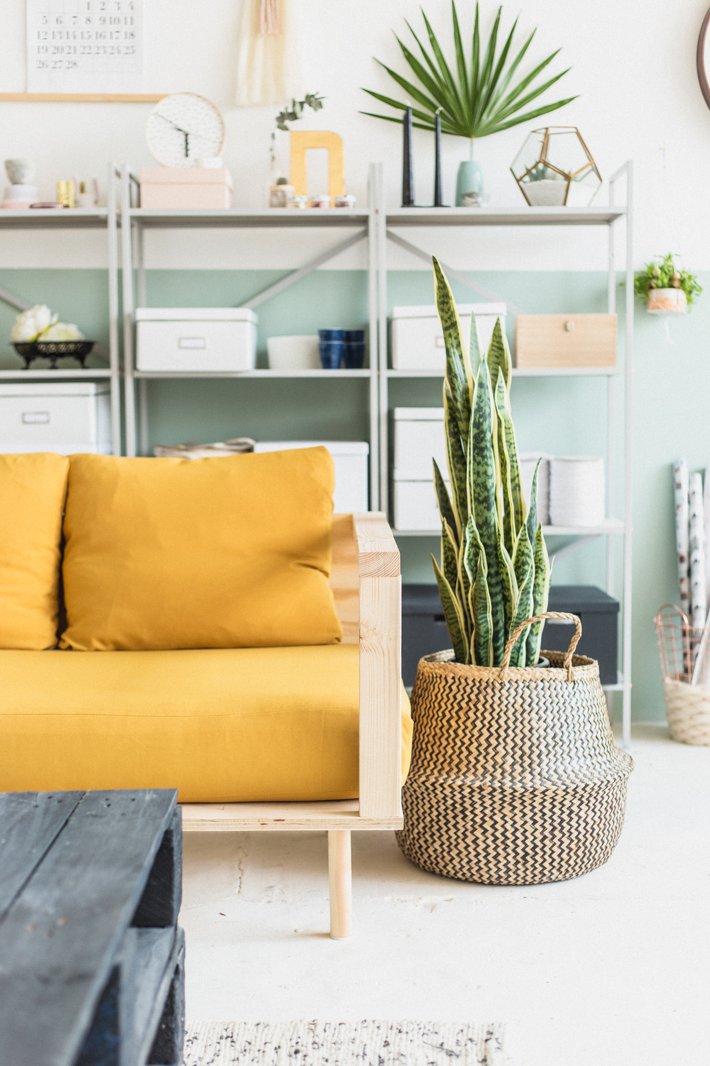 Couch Upholstery Fourways Make Yourself Comfortable With This Easy Diy Wooden Studio