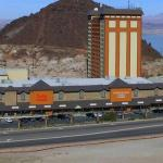 Hoover-Dam-Lodge-Hotel-&-Casino-Wedding-Las-Vegas-NV-4_main.1484937217