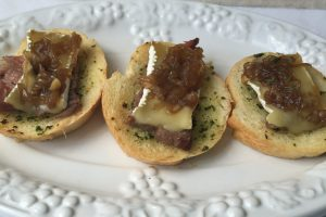 Beef, Brie and Onion Jam Canapé  #SundaySupper