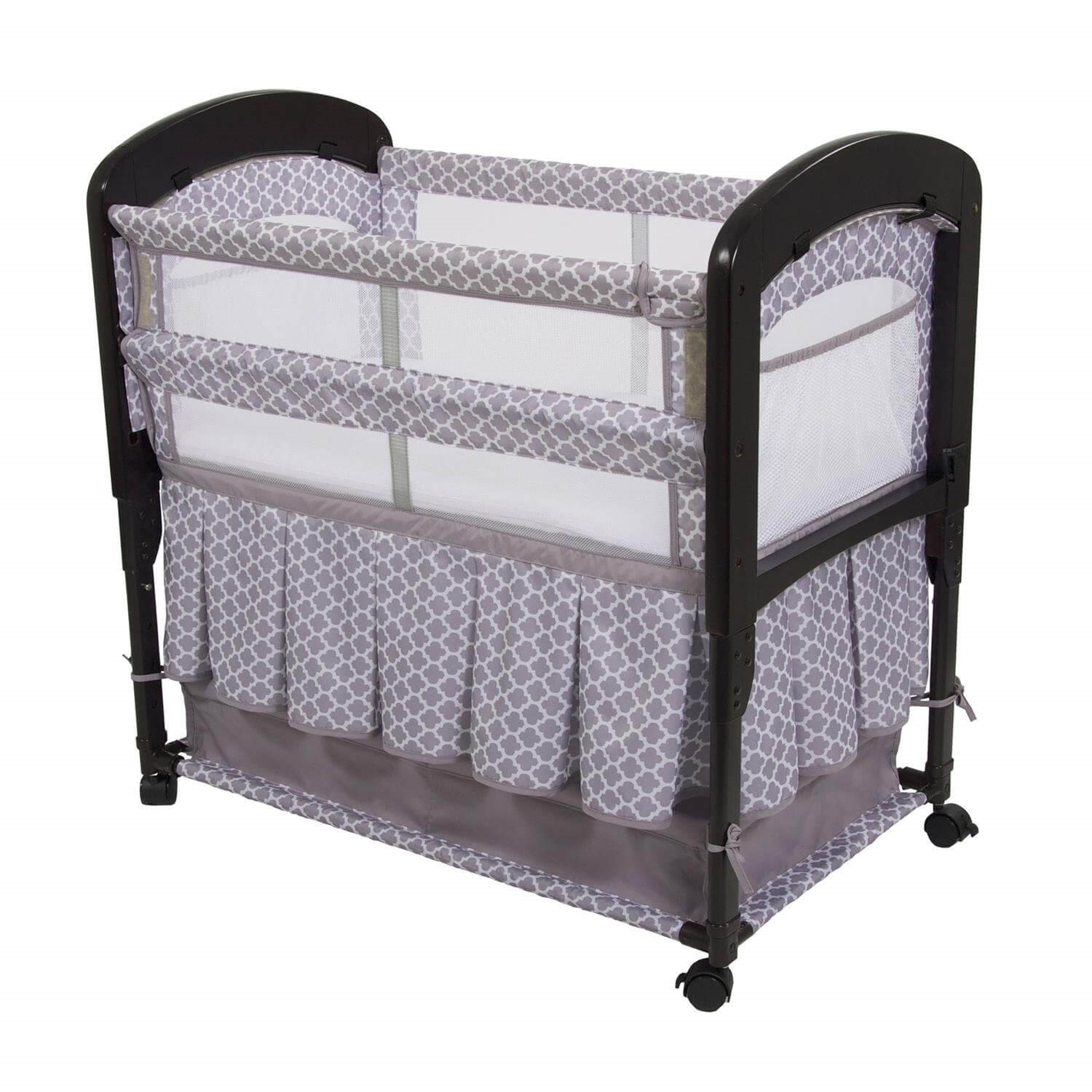 Newborn Bassinet Best Graco Pack N Play Where Should Newborns Sleep Familyeducation