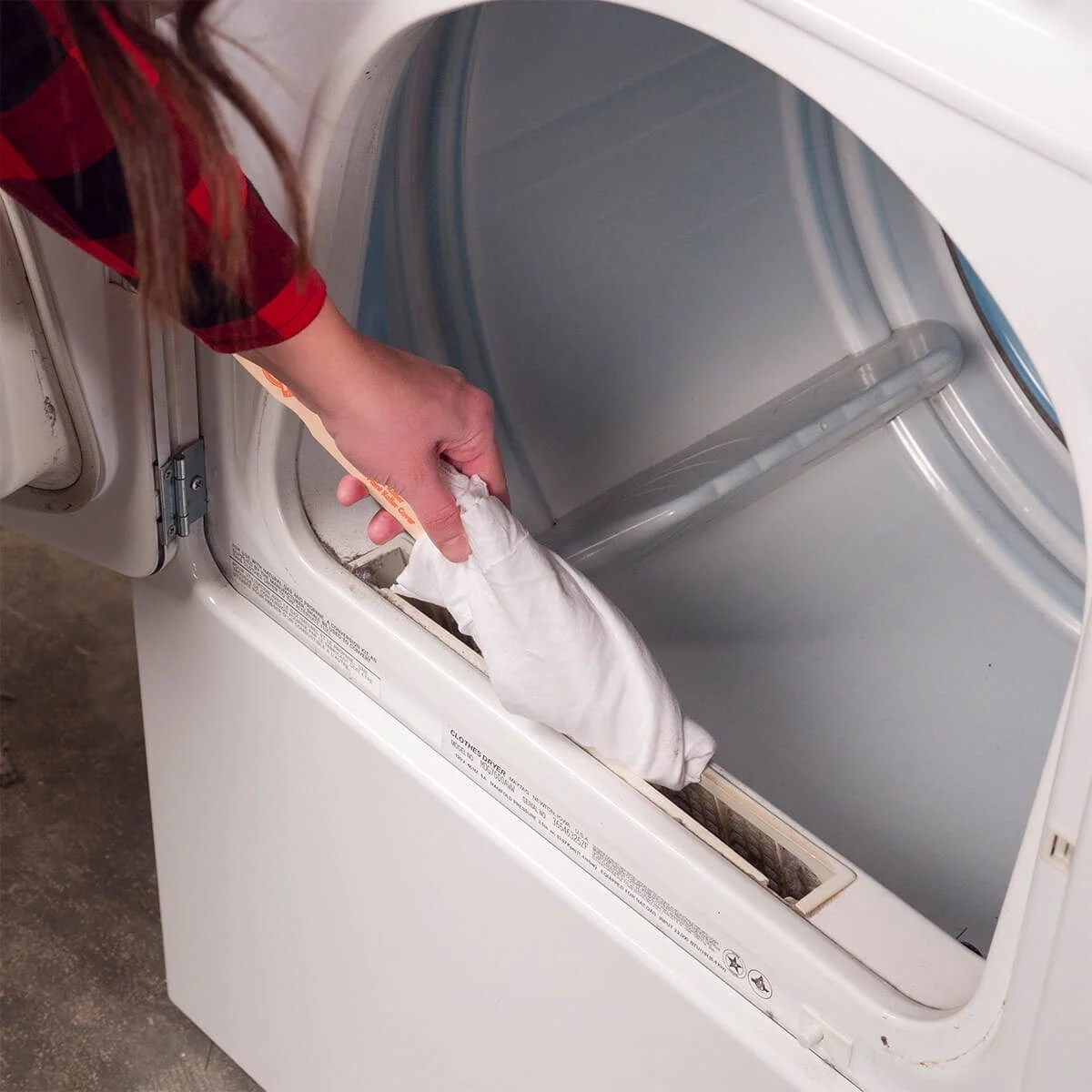 Paint Stick To Clean Lint Buildup The Family Handyman - Dryer Lint Cleaner