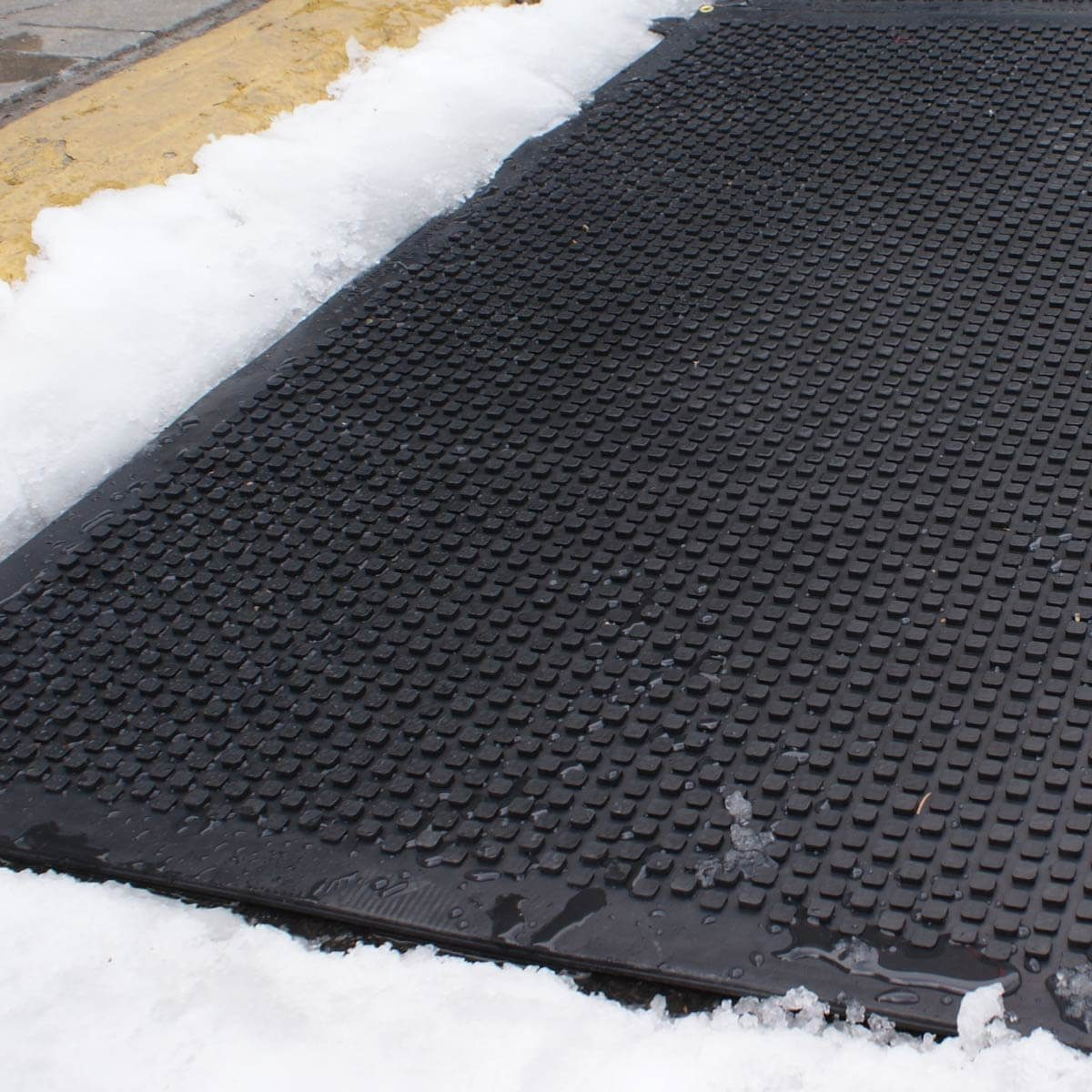 Garage Floor Mats Winter 10 Clever Hacks For Removing Ice The Family Handyman