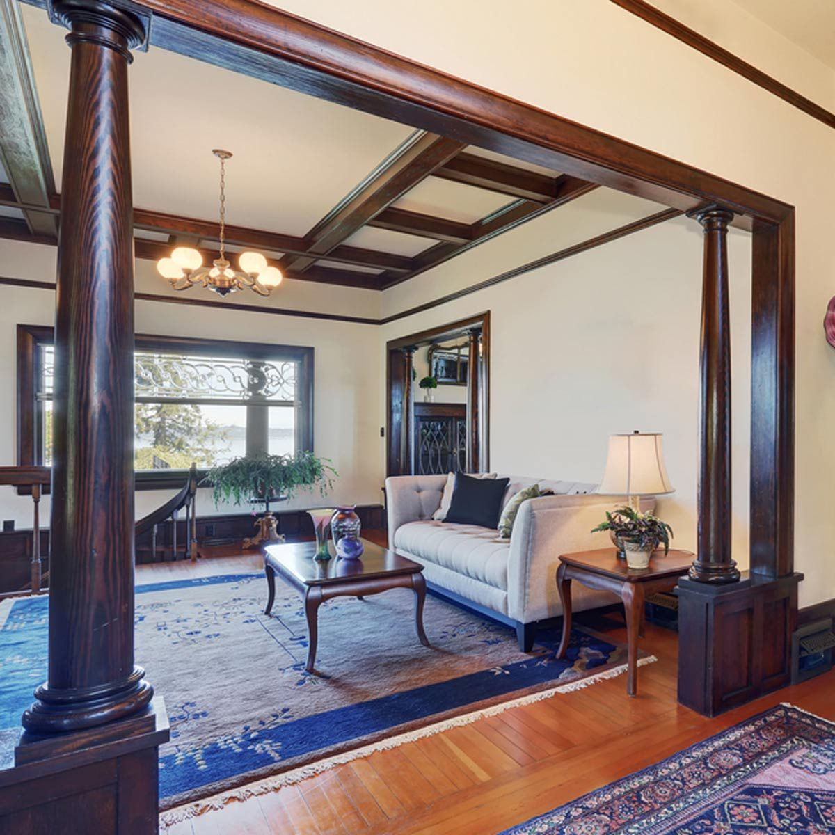 Light Floors Dark Walls 10 New Trends In Wood Trim For 2018 The Family Handyman