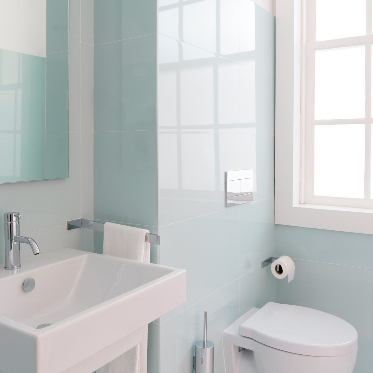Best Colors For Small Bathrooms With Pictures Family Handyman