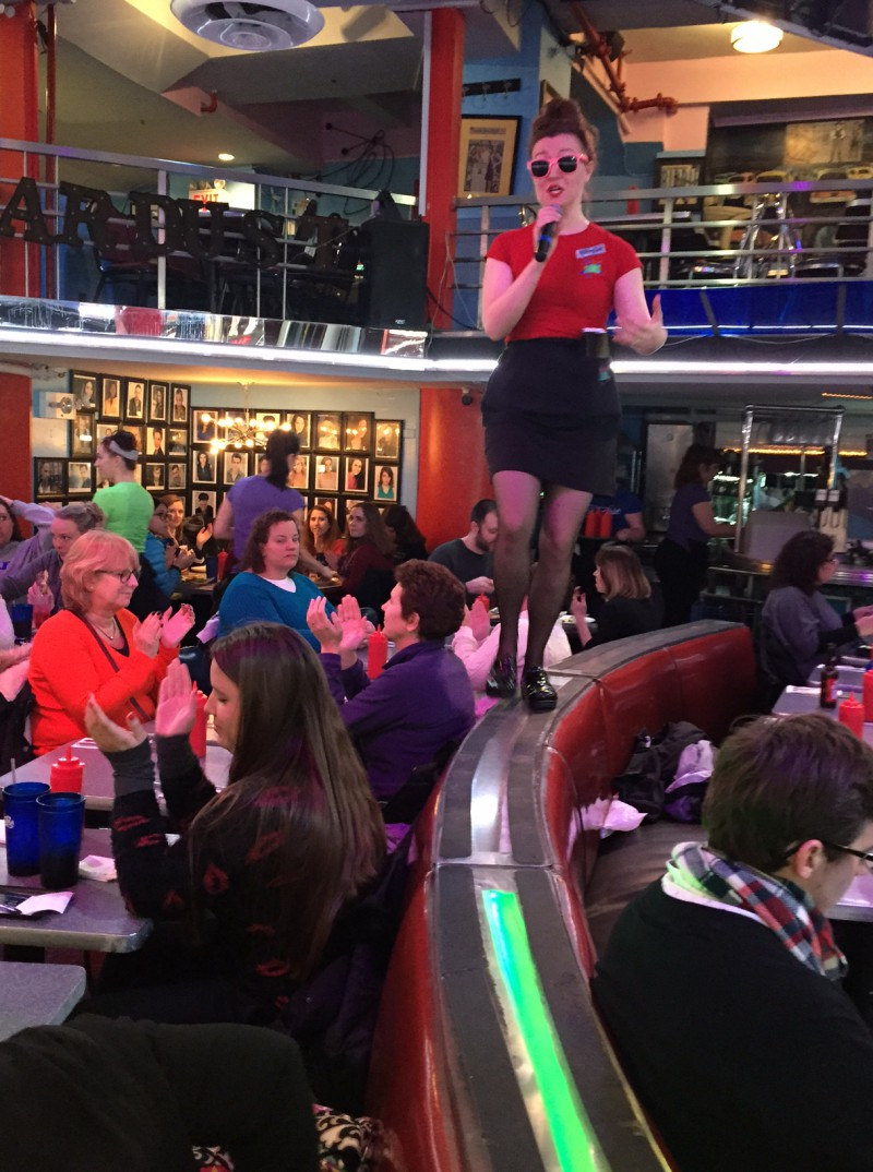 ellen s stardust diner New york (ny) is known for interesting sites like ellen's stardust diner agodacom has secured the lowest rates at hotels near many other restaurants and cafes whether it's the new york inn or the the langham- new york- fifth avenue, many hotels are available for you near ellen's stardust diner.