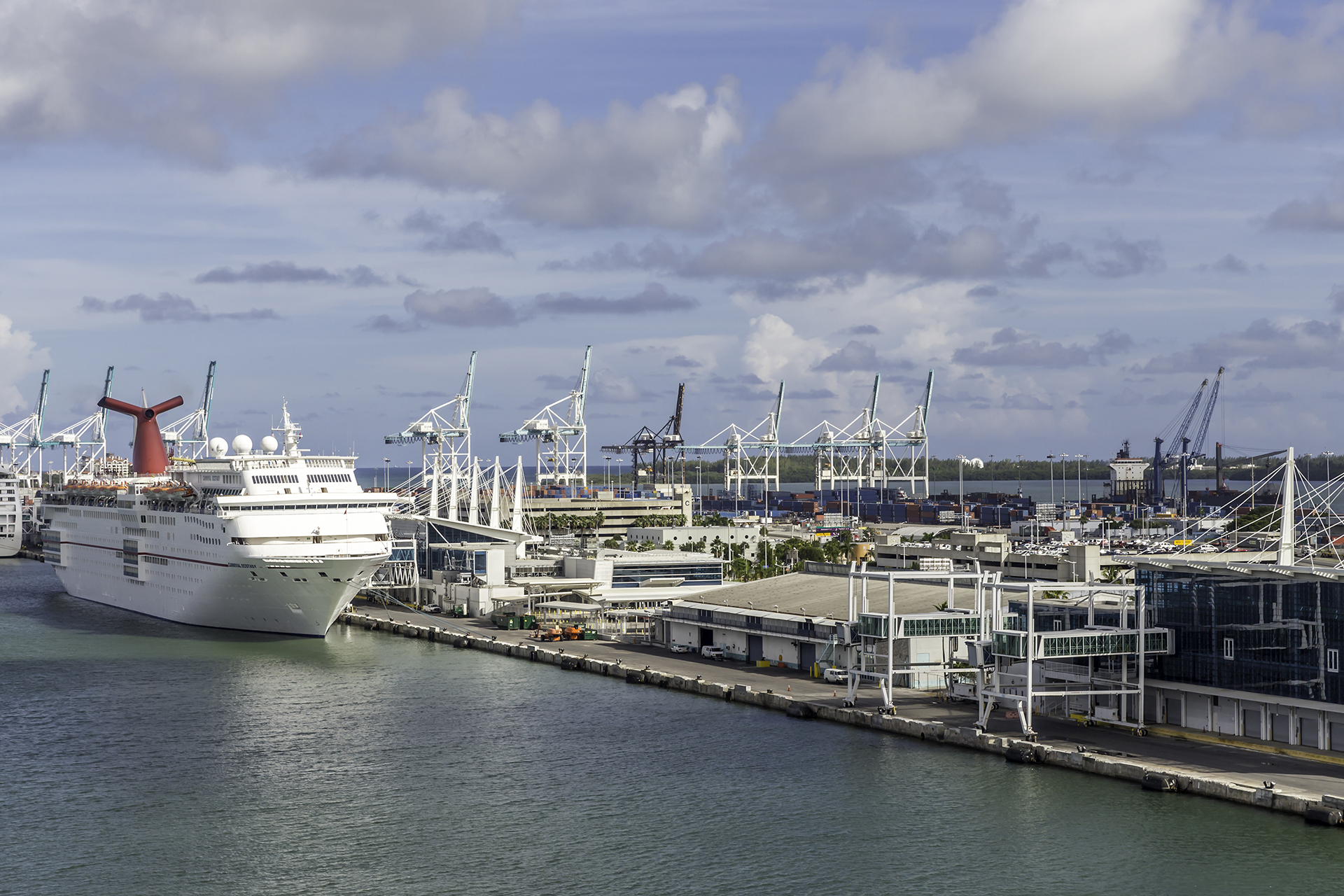 Miami Port 13 Best Cruise Port Hotels For Families Family Vacation Critic