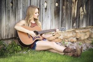 FanAppic - girl guitar