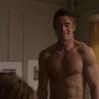 "Robert Buckley as Kirby Atwood shirtless in Lipstick Jungle 1x05 ""Chapter Five: Dressed to Kill"""