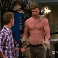 "Derek Theler as Danny Wheeler shirtless in Baby Daddy 2×08 ""Never Ben in Love"""