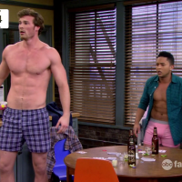 "Derek Theler as Danny Wheeler and Tahj Mowry as Tucker Dobbs shirtless in Baby Daddy 3x04 ""Bonnie's Unreal Estate"""