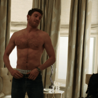 "Bryan Greenberg as Ben Epstein shirtless in How To Make It In America 2×06 ""I'm Sorry, Who's Yosi?"""