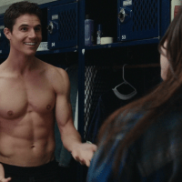 """Robbie Amell as Wesley """"Wes"""" Rush shirtless in The Duff"""