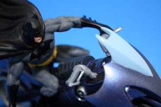 DC Superhero Figurines Batcycle 005