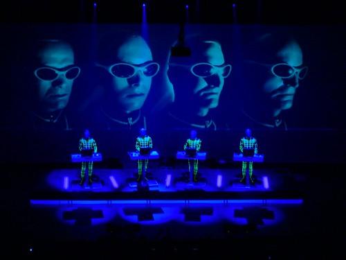 The Faces of Kraftwerk (live)