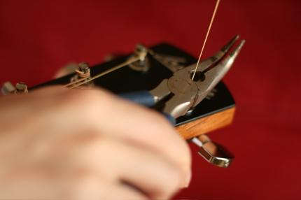 restringing guitar - 12