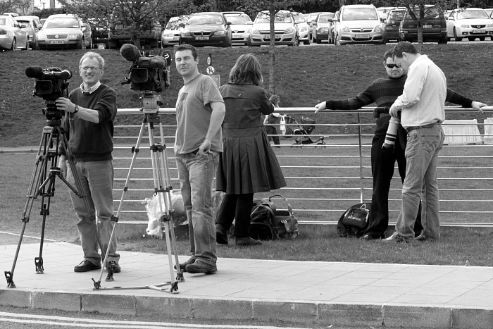 Paparazzi wait for Flatley at hospital