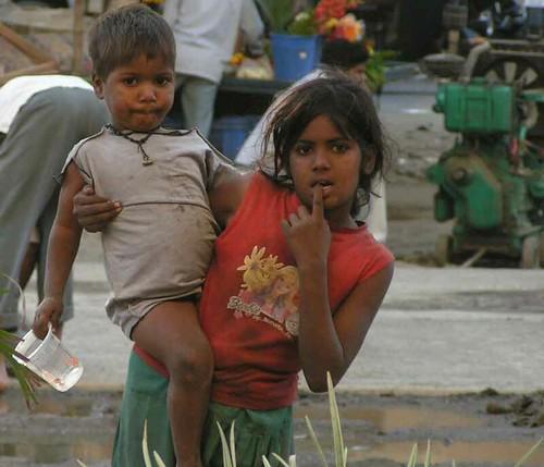 the-little-beggar-girl