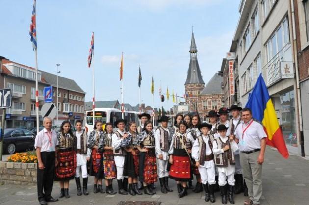 Dansatorii de la Şinca au făcut spectacol în Germania