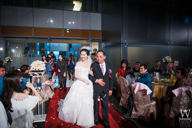 peach-wedding-20150412-704