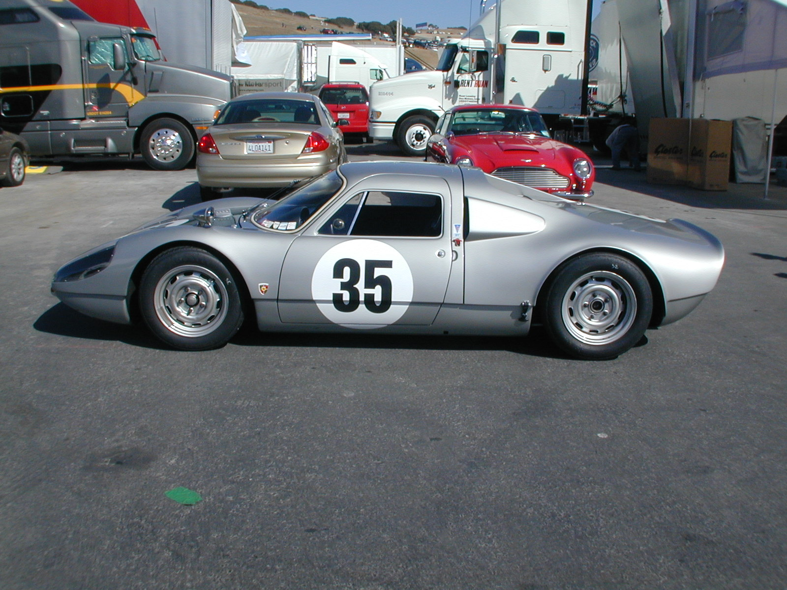 Duitse Bouwers Porsche 904 Carrera Gts 906 And 910 Real And Replica Driving
