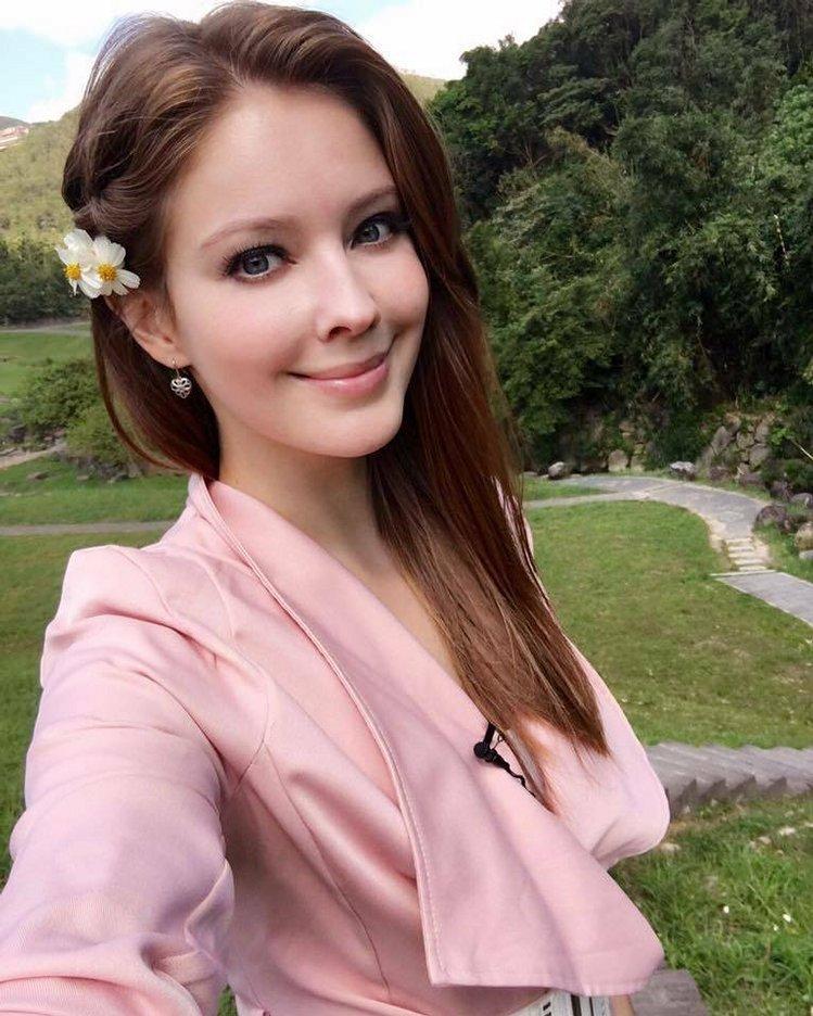 马来西亚艺人hero祖雄与俄罗斯模特儿安妮来台发展