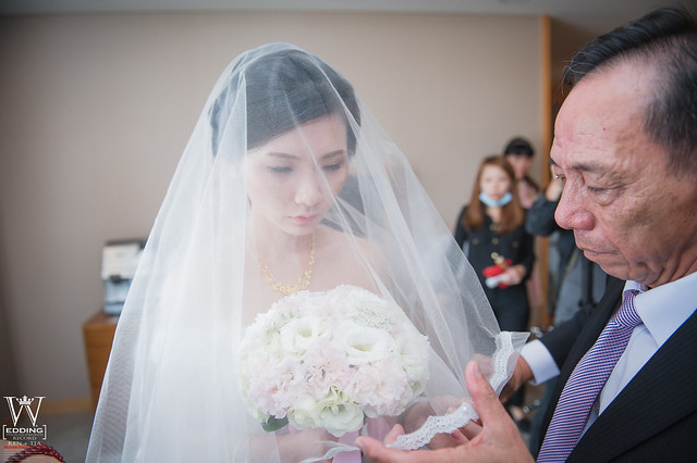 peach-wedding-20150412-444
