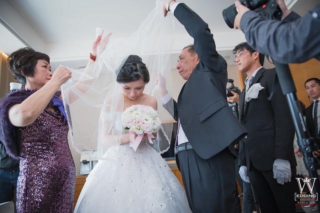 peach-wedding-20150412-438