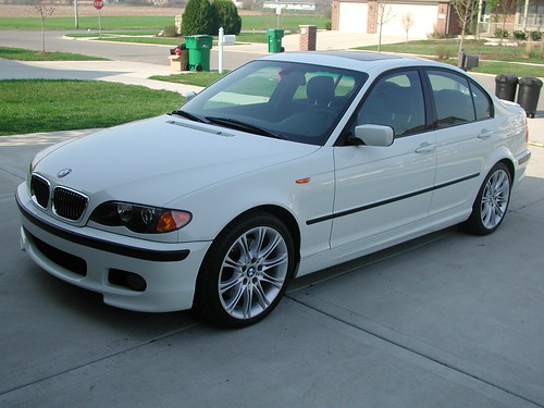 3d World Wallpaper World 2004 Bmw 330i Zhp Performance Package 2004 Bmw 330i