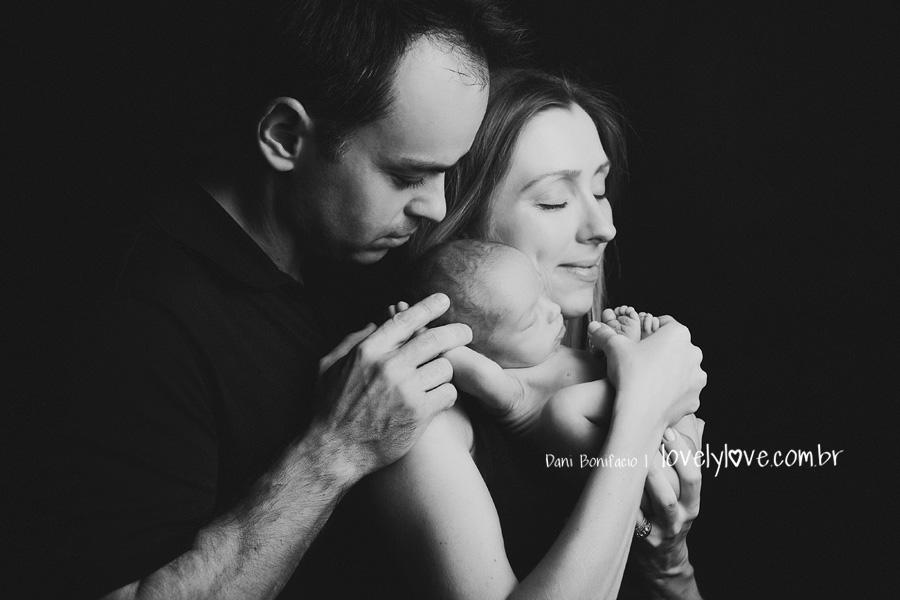 danibonifacio-fotografa-fotografia-newborn-foto-recemnascido-familia-infantil-bebe-acompanhamento-balneariocamboriu-itajai-itapema-blumenau-gaspar-piçarras-navegantes4