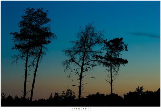 Venus en Jupiter na zonsondergang