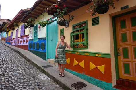 Calle de Recuerdos in Guatape