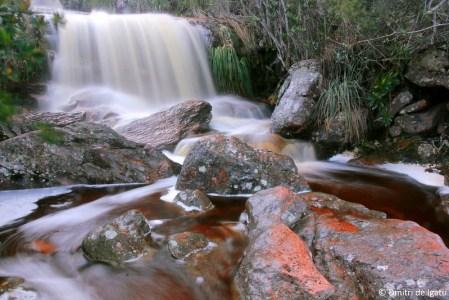 Córrego do Meio