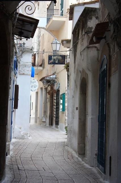 sperlonga alleys