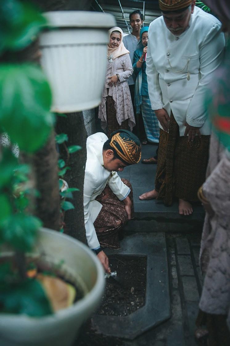 Gofotovideo Siraman Adat Jawa Indah 037