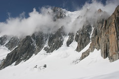 """Valle Blanche • <a style=""""font-size:0.8em;"""" href=""""http://www.flickr.com/photos/77968807@N00/1329536327/"""" target=""""_blank"""">View on Flickr</a>"""