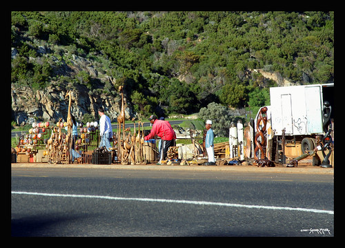 Common to see roadside art/craft vendors in Capetown