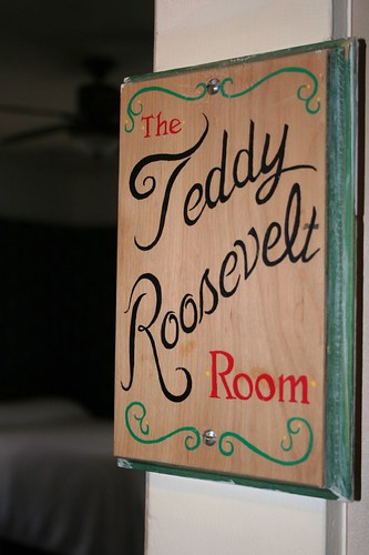 TR room sign