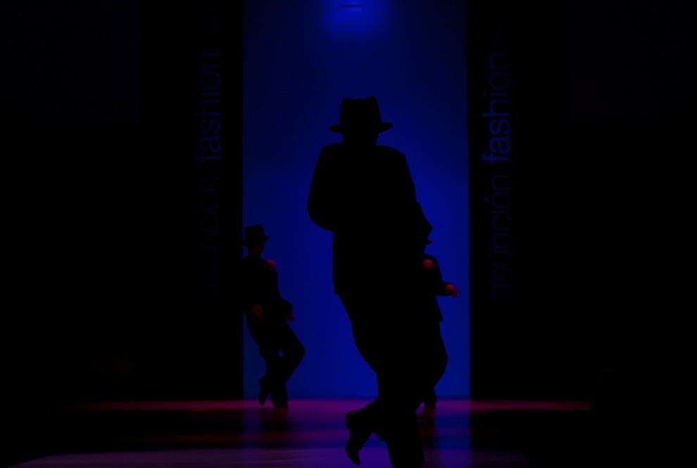 Presentación de varios estilos de danza fueron vistos el domingo 26 de Setiembre en el Asunción Fashion Week antes del desfile y concurso de Puro Talento Pilar 2010. (Elton Núñez - Asunción, Paraguay)