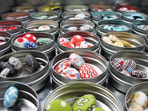 button pins and magnets