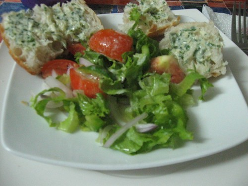 Parsley butter and salad