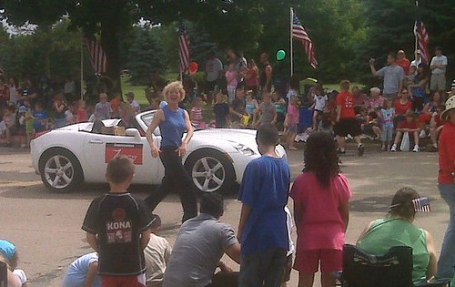 Tammy Baldwin at Monona Memorial Day Parade 2010