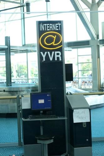 YVR-0