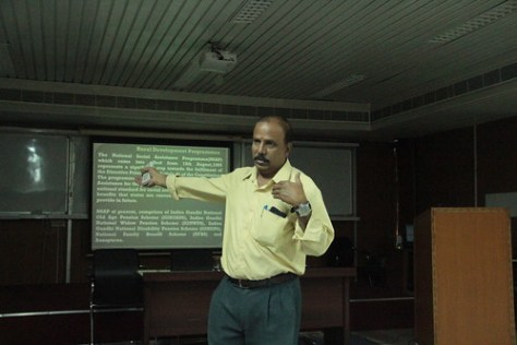 """Dr. Vanayana - Managing ICT projects <a style=""""margin-left:10px; font-size:0.8em;"""" href=""""http://www.flickr.com/photos/47929825@N05/24586311105/"""" target=""""_blank"""">@flickr</a>"""