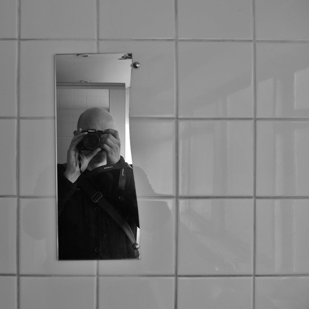 Broken Bathroom Mirror The World 39s Best Photos Of Cracked And Reflection Flickr