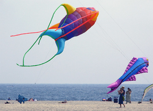 Beautiful giant kite balloon/floats -- Santa Monica, CA