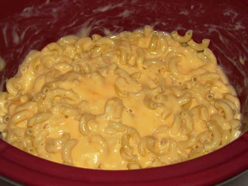 Lighter Slow Cooker Creamy Mac & Cheese