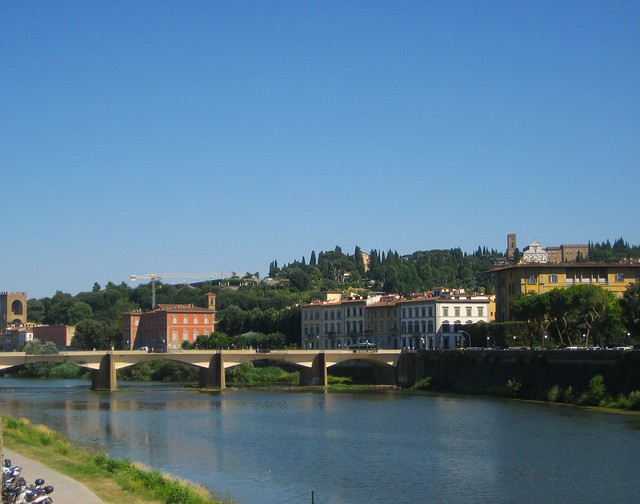View towards the Oltrarno and Piazzale Michelangelo from the river banks