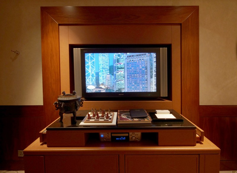 television - mandarin oriental hong kong