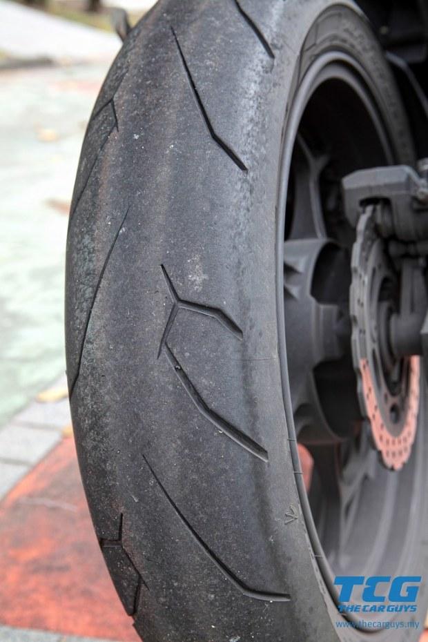 Michelin Pilot Street Radial (5)